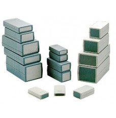 BEHUIZINGEN VAN GEGOTEN PLASTIC - DONKERGRIJS 120 x 60 x 30mm